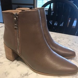 Charles by Charles David -leather ankle high boots